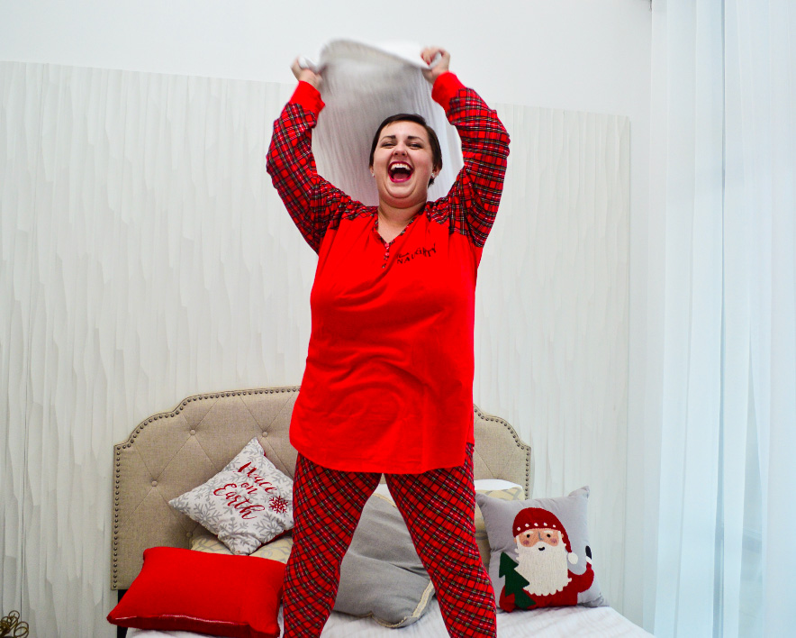 Red plaid plus size holiday pajamas