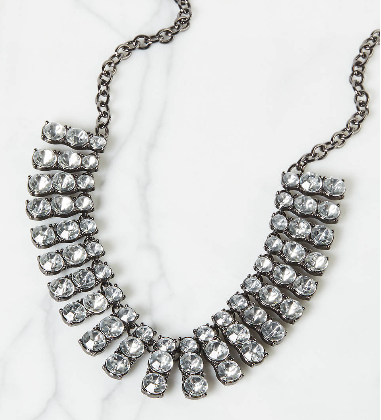 Statement necklace jewelry for plus size holiday outfit