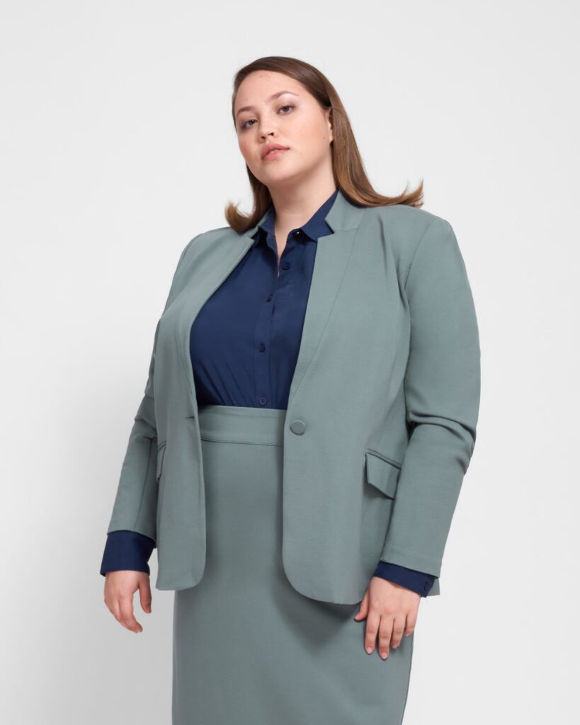Plus size workwear in a 6X and 7X!