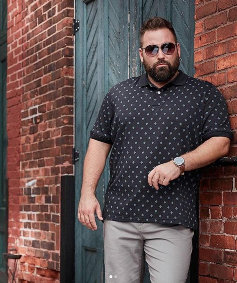 Husky polo shirt for big and tall guys in black