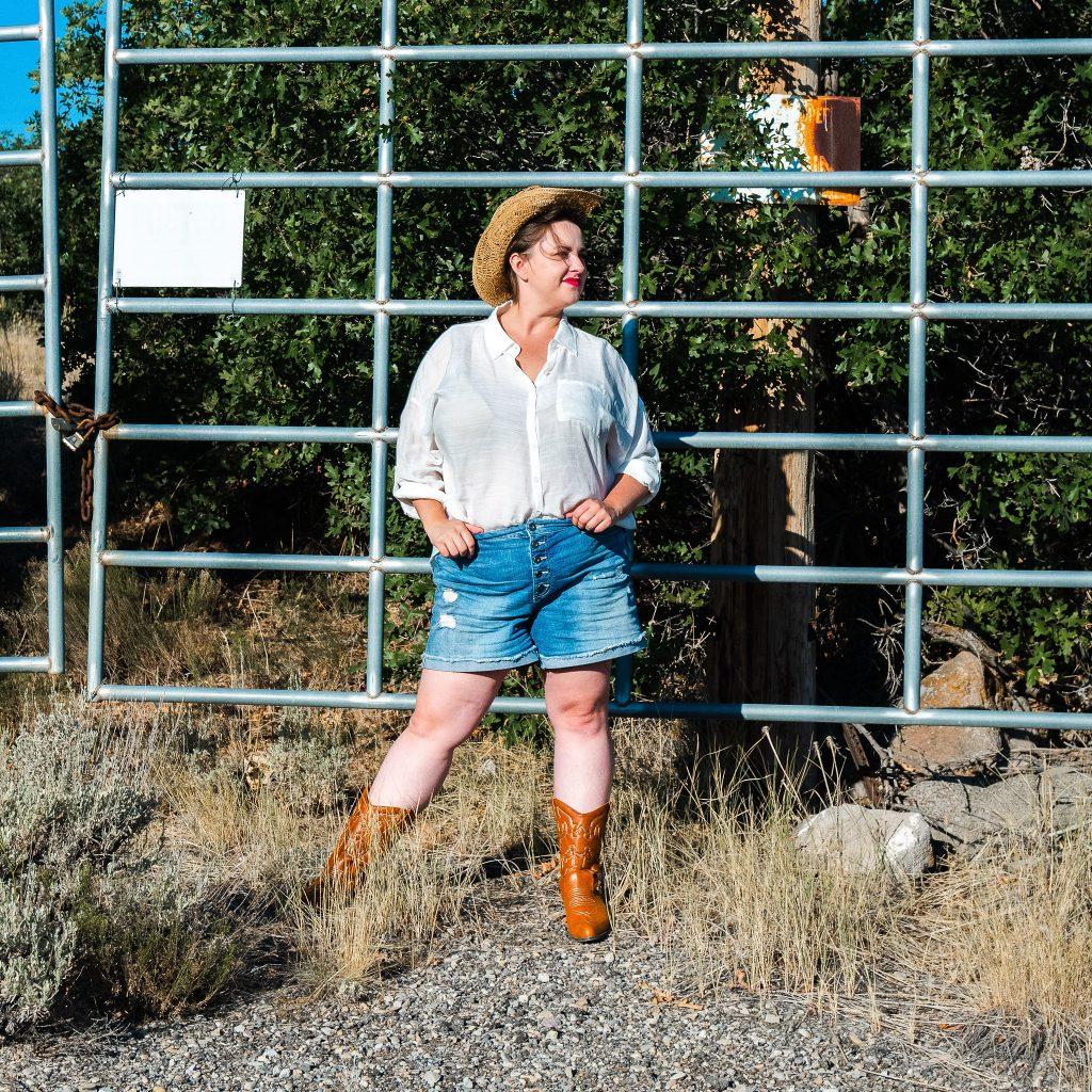 cowgirl western fashion photoshoot