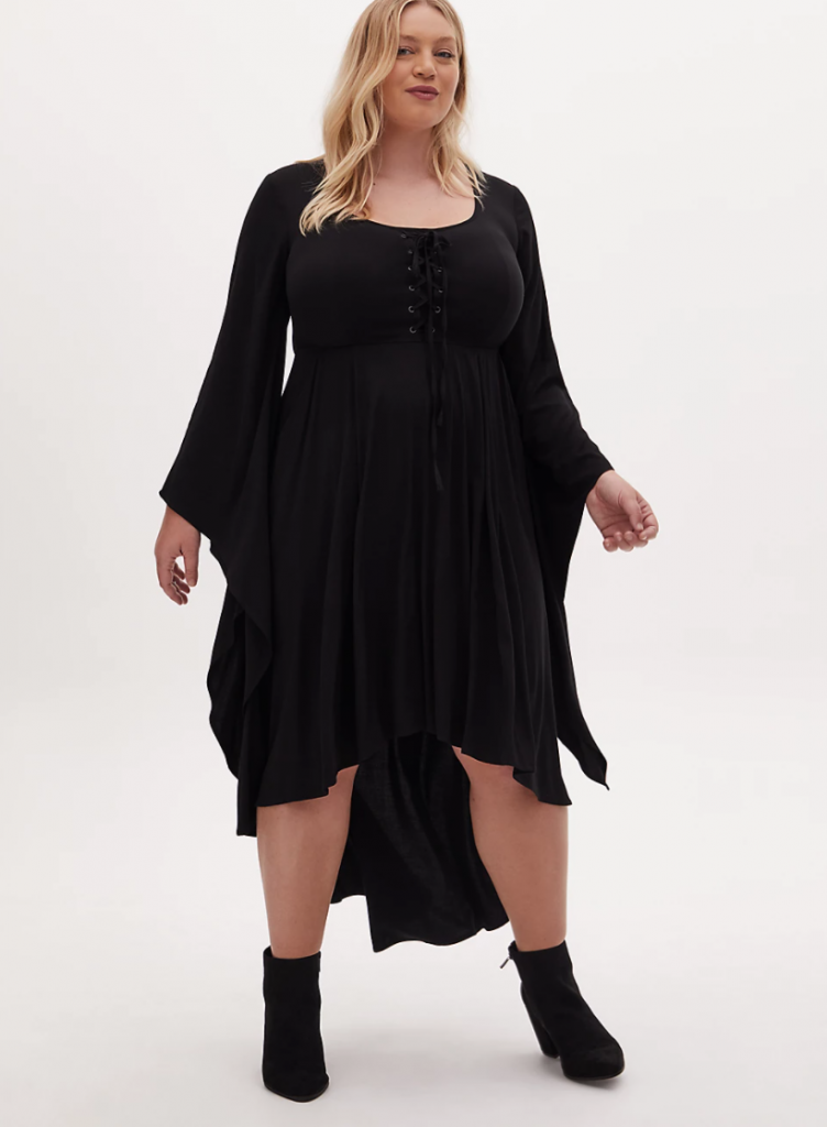 Simple black plus size Halloween witch costume that goes up to a 6X