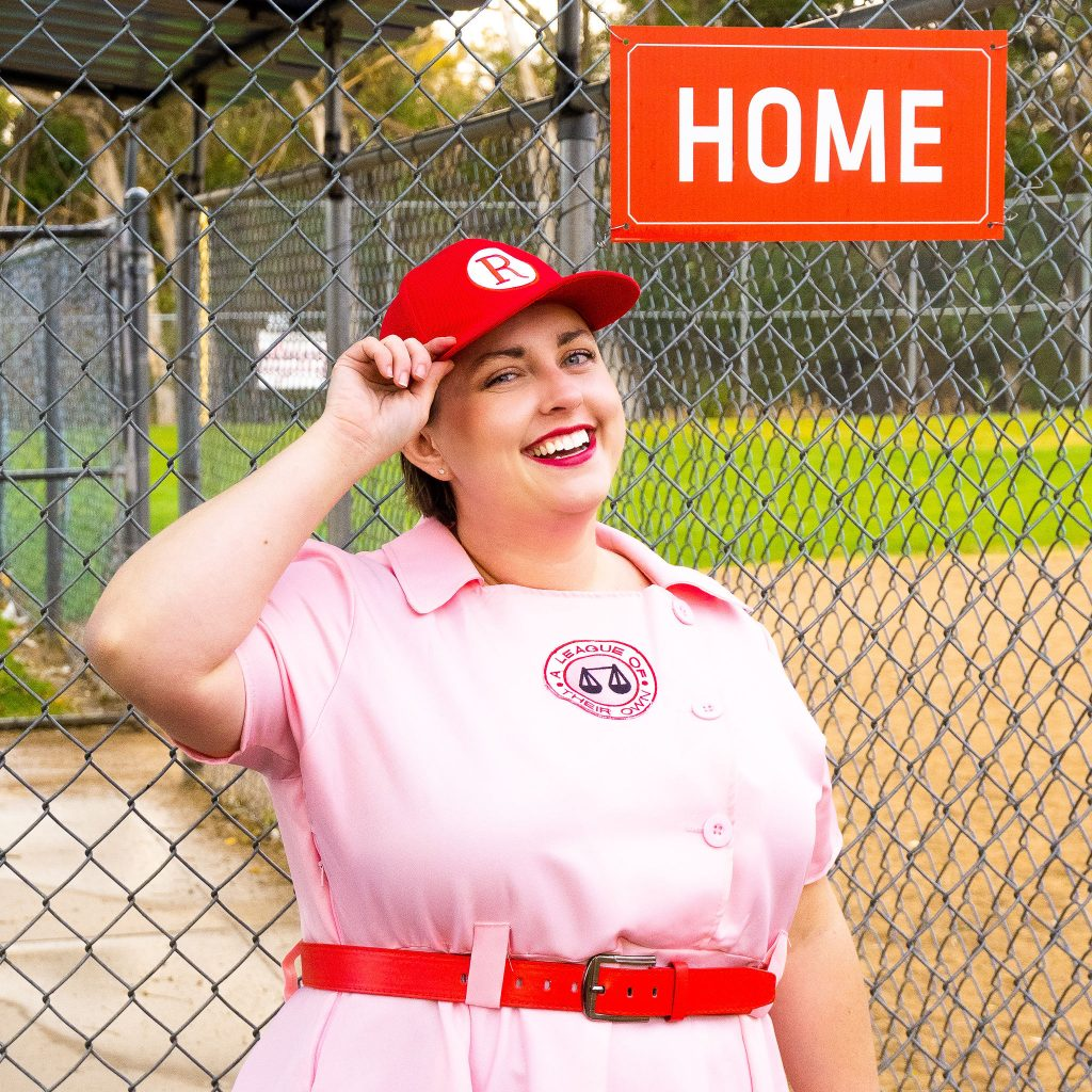 Costume Review - Plus Size a League of Their Own Halloween Costume.jpg