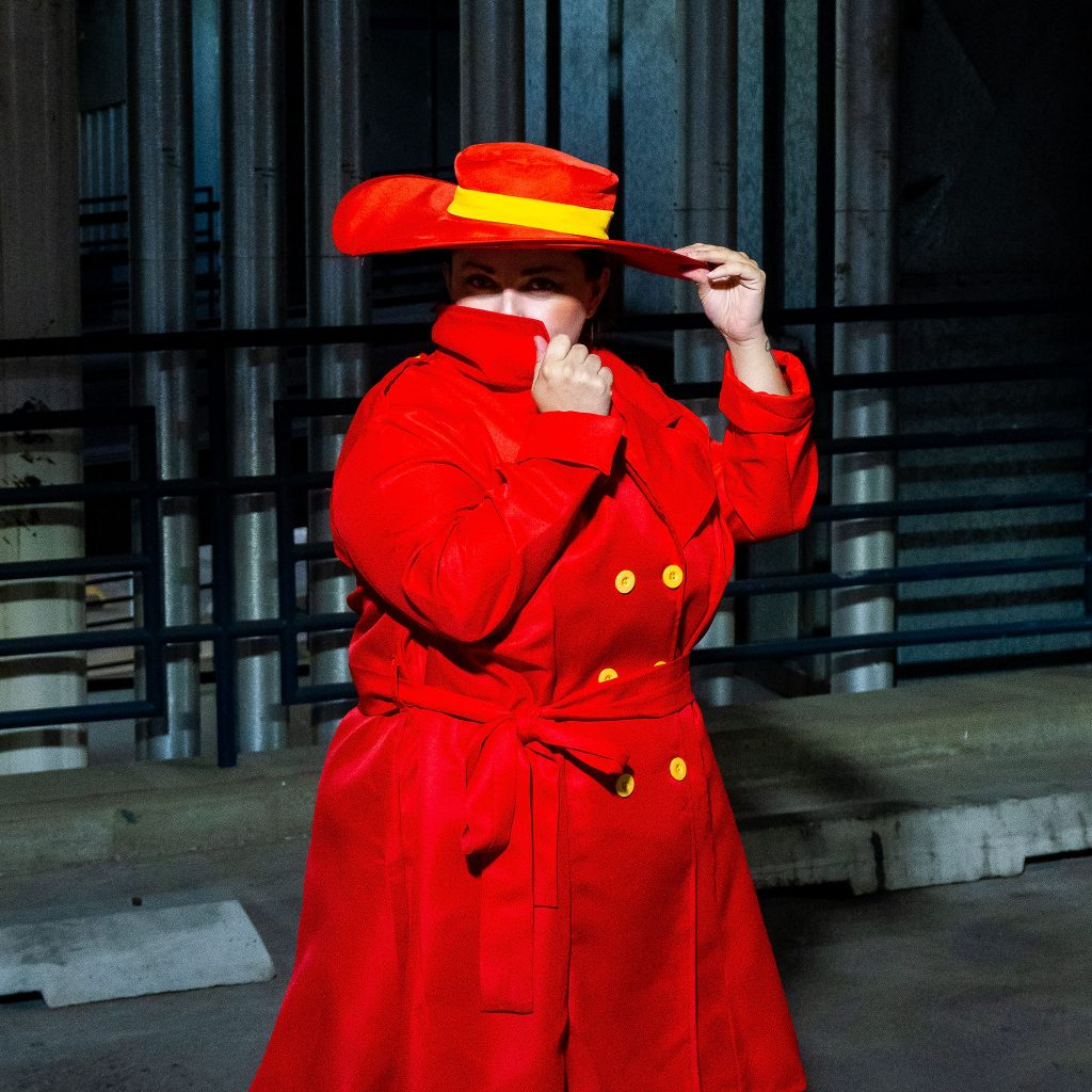 Plus Size Carmen San Diego Costume - Red trench coat with hat