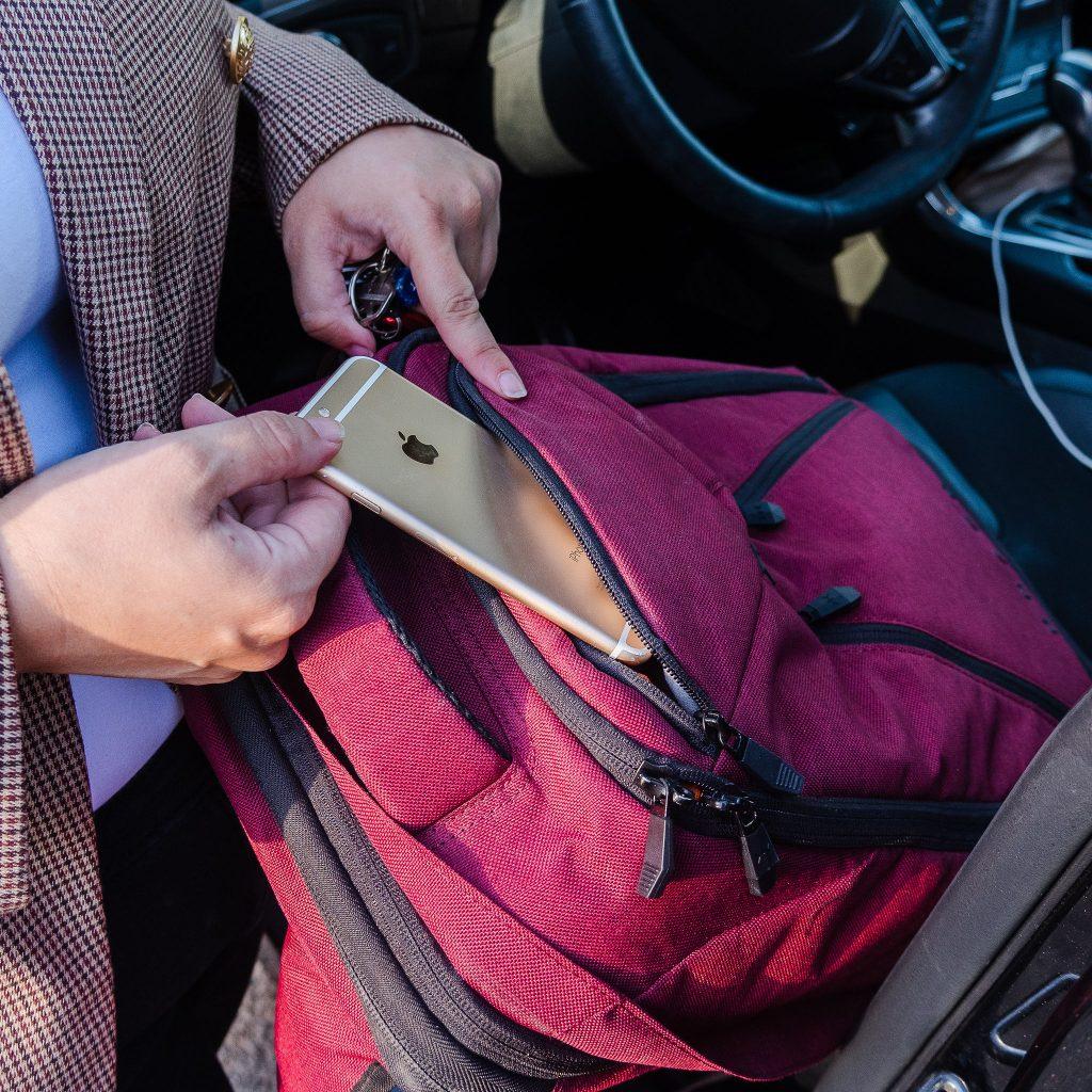 Specific pocket for phone - Knack Pack Laptop Backpack for Women.JPG
